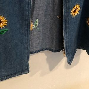 Quacker Factory Jackets & Coats - Quacker factory Medium denim sunflower zip jacket